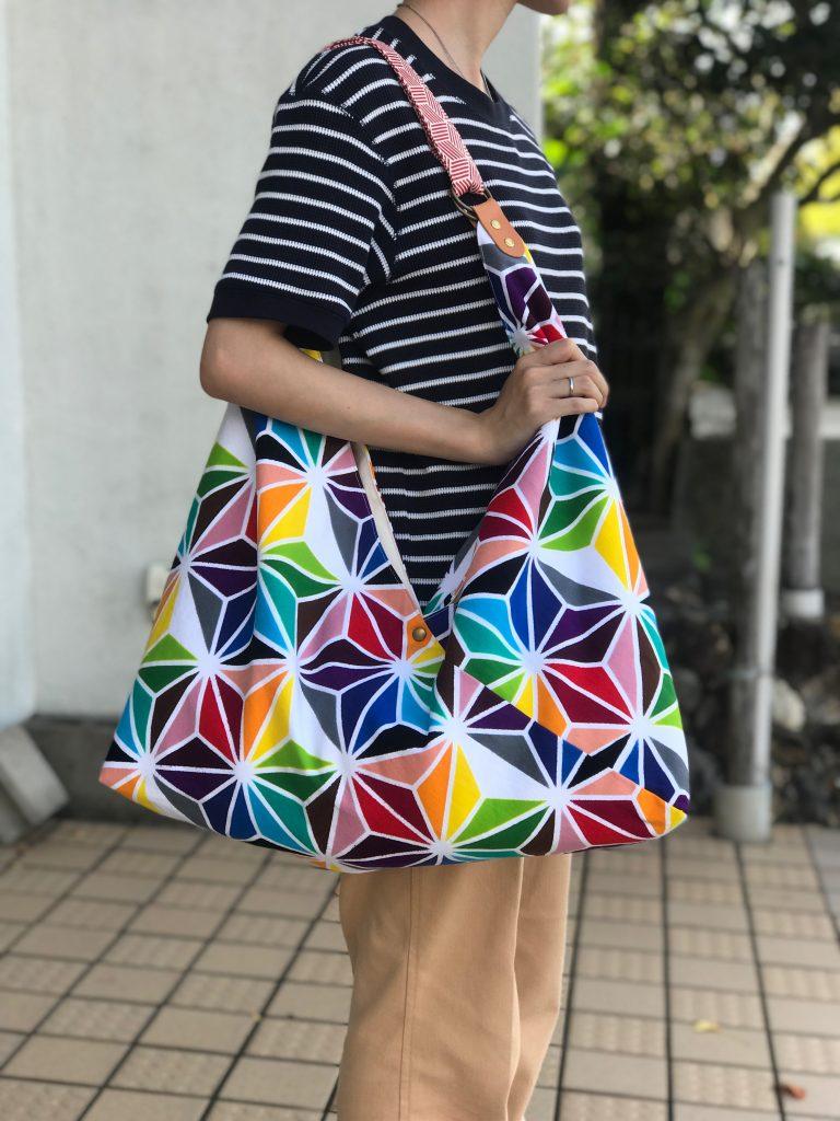 「かごんまの色」を使ったショルダーバッグ、2019かごしまの新特産品コンクール最高賞「鹿児島県知事賞」受賞!
